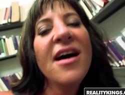 RealityKings - Milf Hunter - (Brandi Fox, Levi Cash) - Lusty Fox
