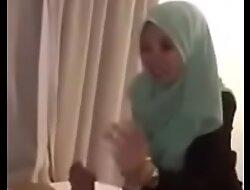 diajak ngewe dengan ibu guru IPS sange PART1