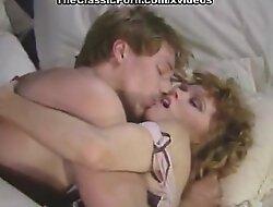 Big rod inda curly snatch in porn retro clip